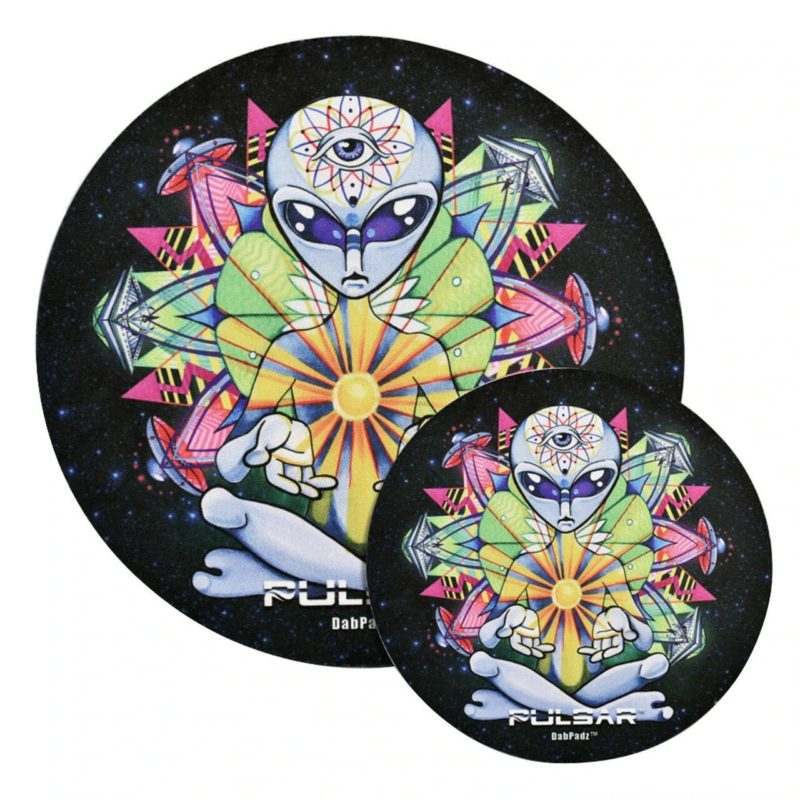 "Pulsar DabPadz Round Fabric Top 1/4"" Thick - Psychedelic Alien"